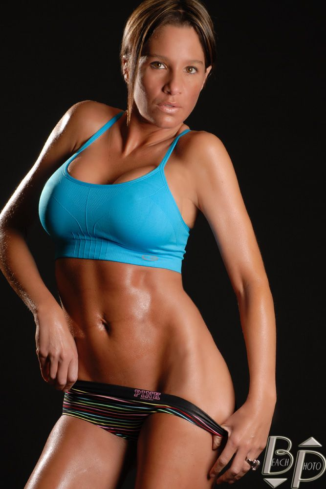 Christina Carney | hot girls | Pinterest | Fitness ...
