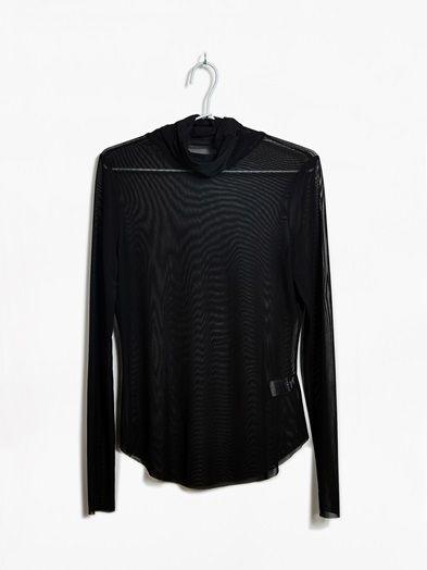 Polo neck mesh top. Narrow fit. NEVER DENIM.  Musta