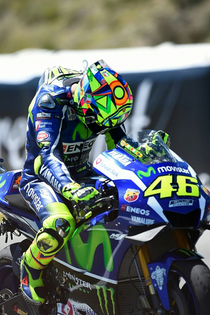 10 best images about 46 valentino rossi on pinterest ducati helmets and champs. Black Bedroom Furniture Sets. Home Design Ideas