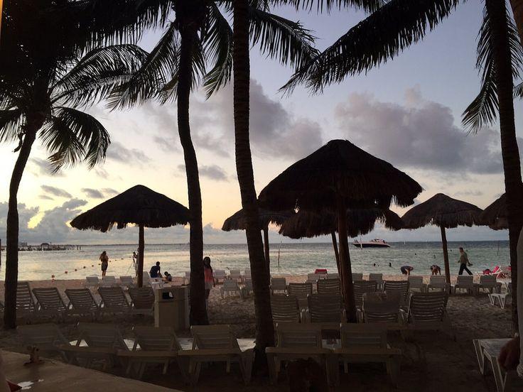 #hotel #resort #oasis #palm #beach #playa #mexico #cancun #iphone6 #carlotafernandez #googlemaps #googleviews #carlotaconbotaz #carlotaconbotas #carlotaconbota #carlafernandez