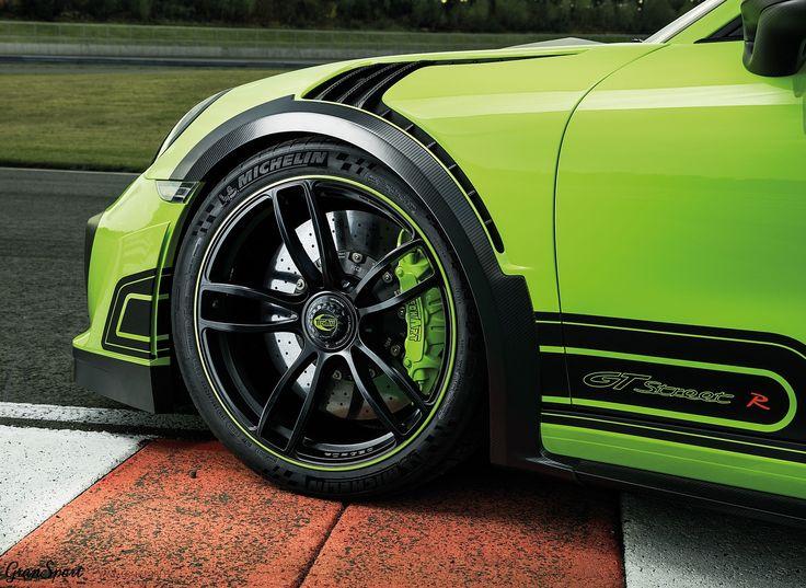 Legenda powraca! Jeden z najbardziej charakterystycznych pakietów modyfikacji Porsche 911 – TechArt GTstreet wraca w wielkim stylu w oparciu o najnowszą generację 911 Turbo S. Jeszcze więcej mocy, rozbudowany pakiet aerodynamiczny oraz ściśle limitowana produkcja. Mamy dla Was więcej szczegółów!  Więcej: http://gransport.pl/blog/premiera-techart-gtstreet-2017/  Oficjalny Dealer TECHART w Polsce GranSport - Luxury Tuning & Concierge http://gransport.pl/index.php/techart.html