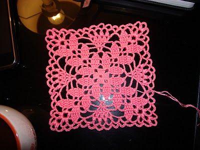 Hooked on crochet: Pink Crochet Bolero / Bolero rosa de crochê