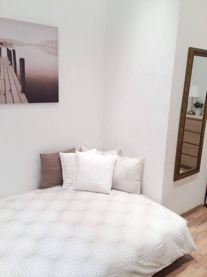 Just the way you feel ! #Ikea #H&MHome #peaceful #relax #zen #takeanap #pathway #wall #picture #mirror #bedlinnen #pillow #beige #nice #atmosphere #home #design #BudapestImmobilier