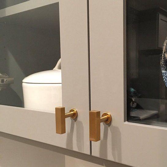 Best 25+ Brass cabinet hardware ideas on Pinterest | Gold kitchen ...