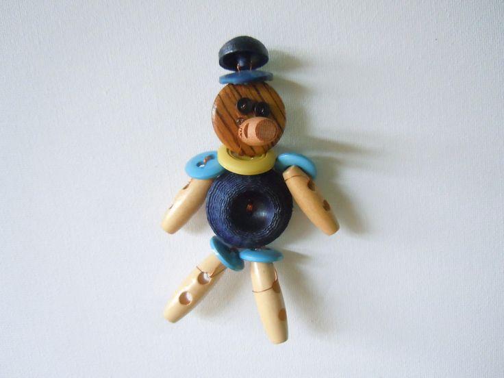 Pinocchio Blu spilla.ciondolo di Foresta Mentale Chiaresca su DaWanda.com
