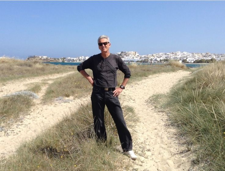 INTERVIEW: Author John Manuel writes about Greece #greekbooks  #Rhodes http://effrosyniwrites.com/2017/02/13/interview-with-author-john-manuel/