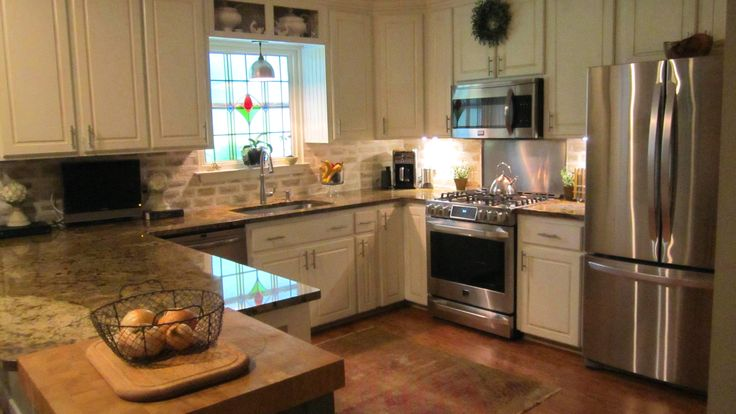 U shaped kitchen+cottage kitchen+LG appliances