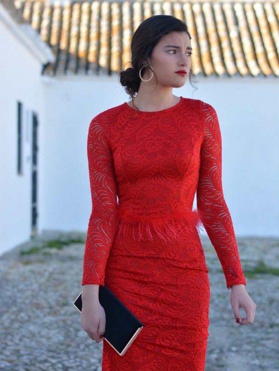 Vestido Plumas, rojo, encaje, largo, Mariquita Trasquilá