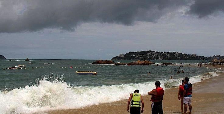 Tormenta tropical Hernan podría alcanzar hoy categoría de huracán - http://notimundo.com.mx/acapulco/tormenta-tropical-hernan-podria-alcanzar-categoria-huracan-smn-conagua/10264