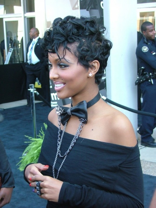 Short hair will always be my first love! this look is sassy!!  love it
