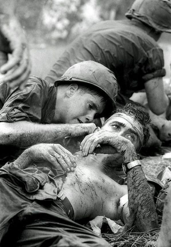 1969 Horst Faas Vietnamwar Vietnam War Medic