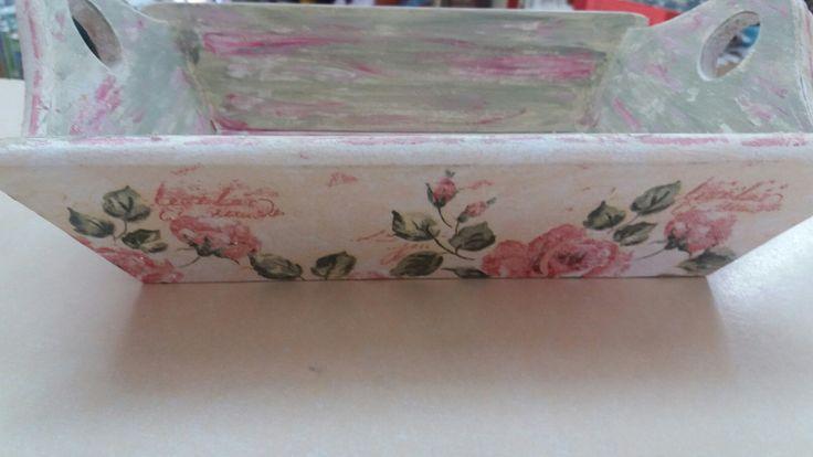 Bread basket decoupage roses napkin