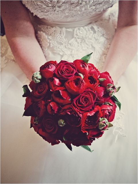 12 best quince westin colonnade coral gables quinceanera venue quinces images on pinterest 15 - Red garden rose bouquet ...