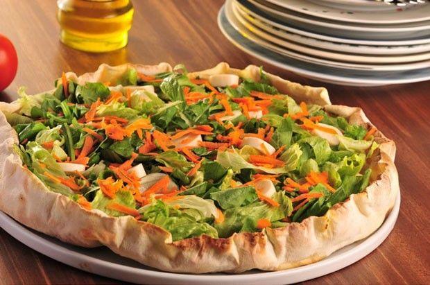 Receita de pizza levinha com verdura e legumes