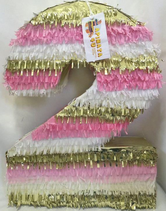 Gran número dos Pinata segundo cumpleaños por Theperfectpinata