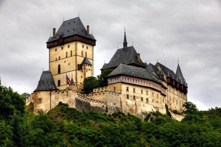 Karlstejn – on the way from Prague to Vienna or Vienna to Prague. #karlstejn #Czech #castle #Europe #travel #daytrip