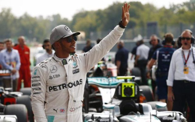 formula 1 driver hit by spring