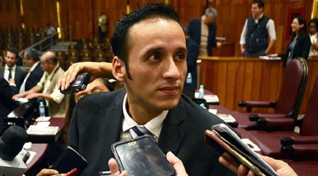 Avalaría Junta de Coordinación juicio político contra Jorge Winckler - http://www.esnoticiaveracruz.com/avalaria-junta-de-coordinacion-juicio-politico-contra-jorge-winckler/