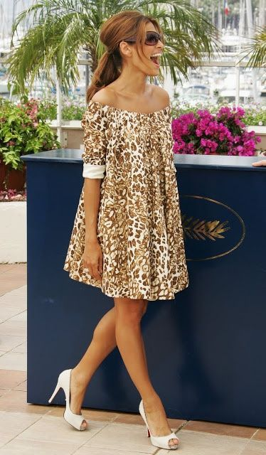 Puffy print dress. Love the style hate thEca Mendes in off the shoulder print dress