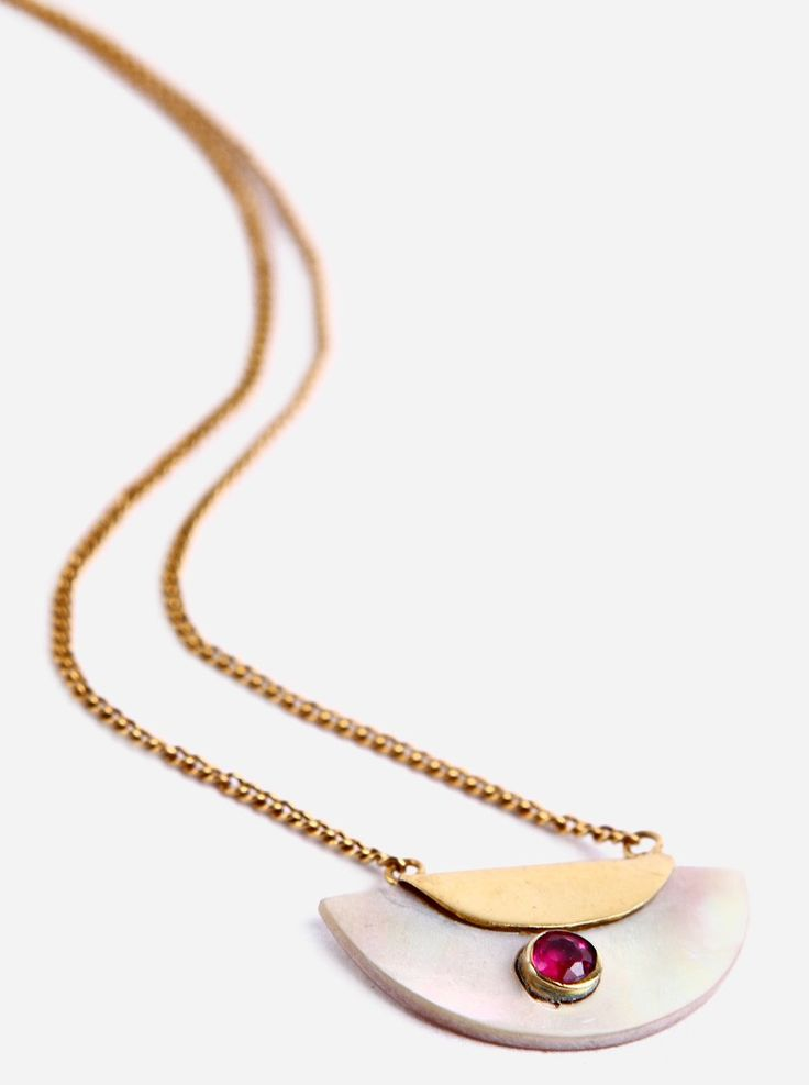 Blonde Summer Crush(Brass Gold Plated) by Monsieur Blonde, makes handmade jewellery with a vintage chic. The Summer Crush features a crescent with a single stone hanging on a thin gold chain. Made of gold-plated brass, the necklace is eccentric and striking. Wear it with a muted top and it'll add a whole new level to your outfit. http://www.zocko.com/z/JJyNp