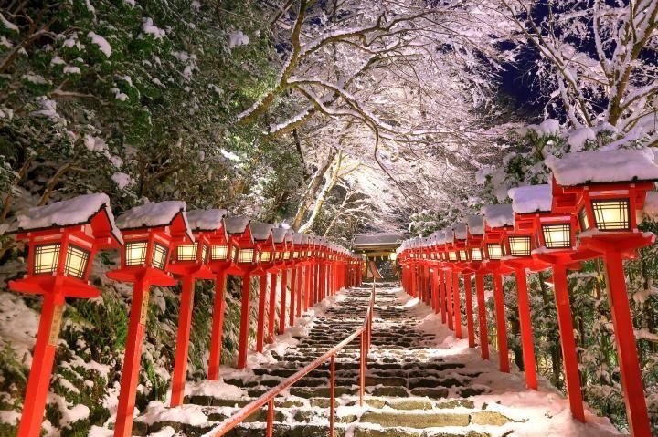 積雪日限定のお楽しみ♪京都・貴船神社にて夜間ライトアップがスタートします 2014年12月29日 12:19
