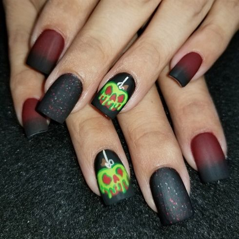 732 best halloween nail art images on pinterest poisoned apple by oli123 from nail art gallery halloween prinsesfo Images
