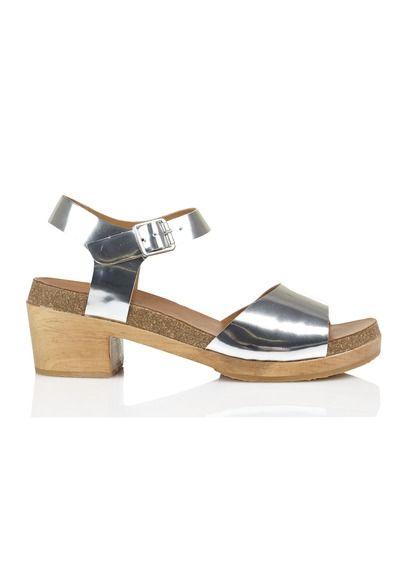 Sandales compensées en cuir Yeti  by ANTHOLOGY PARIS