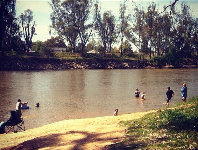 Swimming on the banks at Tocumwal