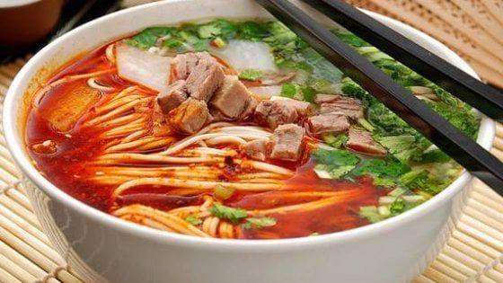 Nascosta in via Cibrario la cucina casalinga di una vera piola cinese