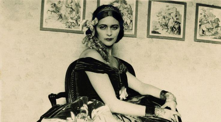 Edina Altara la Coco Chanel sarda