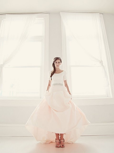 Weddings...: Photography Gorgeous, Dresses W Pockets, Wedding Dressses, Wedding Dresses With Pockets, Blushes Wedding Dresses, Pink Wedding Dresses, Blushes Pink, Dresses Wpocket, The Dresses