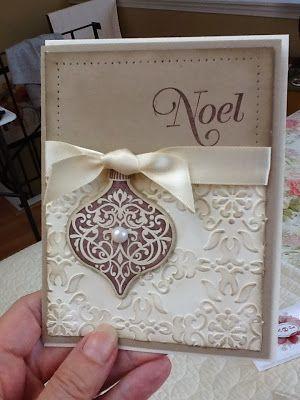 Kraft and white Noel