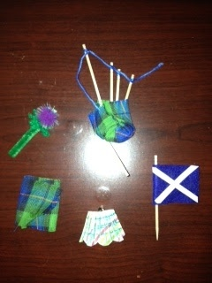 Swaps, Girl Scouts, Crafts ~ Scottish Crafts for Kids: kilts, flags, thistle.