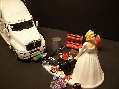 wedding cake topper with truck 105 best images about tying the knot truckers style on 26664