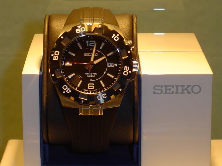 "Seiko ""kinetic"" 100 metros,cristal de zafiro.PVP 276 € (antes 345 e)"