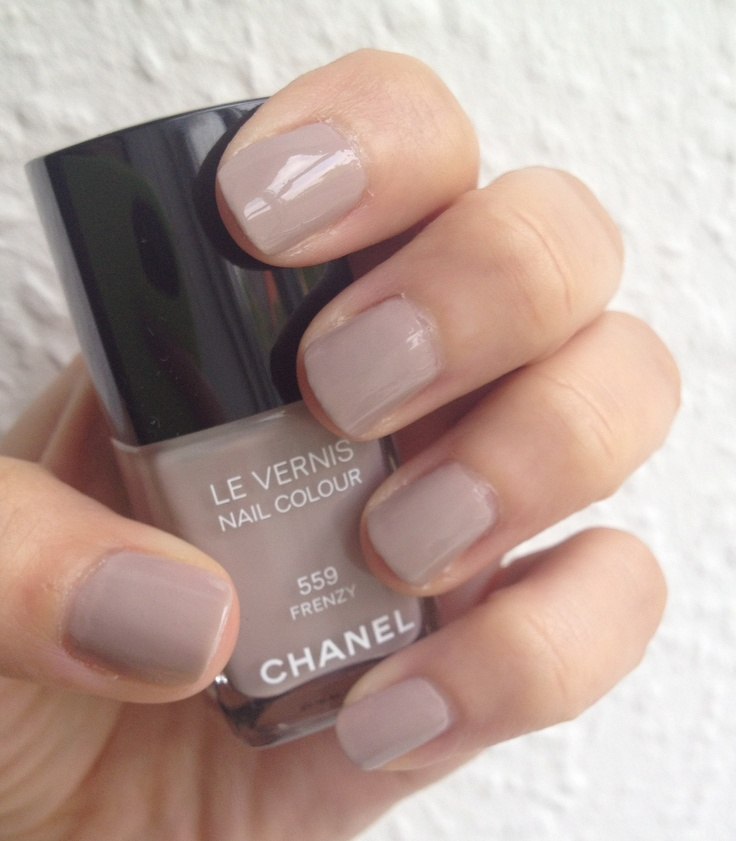 Chanel Frenzy Le Vernis - neglelak