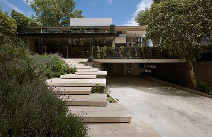 entrance steps / Casa Lomas II
