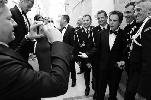 #CannesByLeica Jour 8 - 9 Quand #benstiller s'amuse avec la police avant la première de The Meyerowitz Stories. PHOTO : @gregwilliamsphotography - LeicaQ #blackandwhitepic #blackandwhite #Cannes2017 #cannes #festivaldecannes #photographysouls #Leicaimages #leica_world #LeicaCamera via Leica on Instagram - #photographer #photography #photo #instapic #instagram #photofreak #photolover #nikon #canon #leica #hasselblad #polaroid #shutterbug #camera #dslr #visualarts #inspiration #artistic…