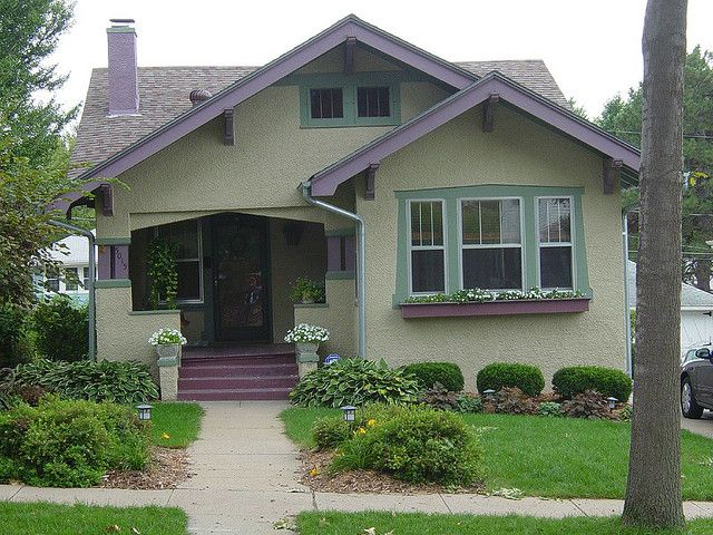 Bungalow craftsman style homes pinterest exterior for Craftsman exterior color schemes