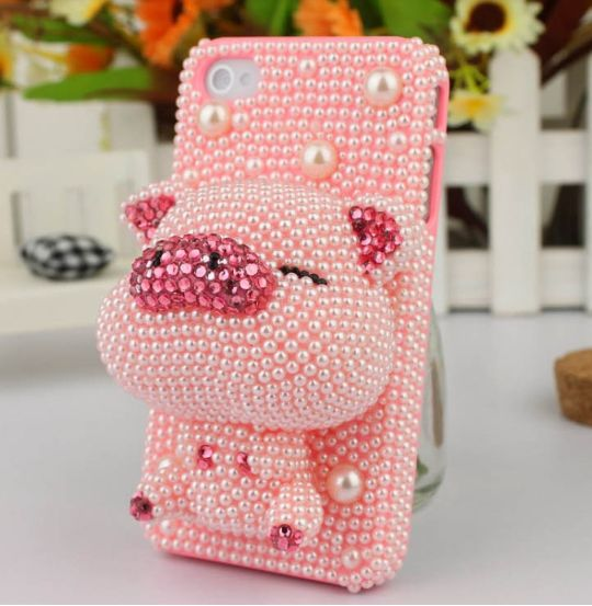 handmade/Handcrafted very elegant and cute protect your iphone very well embossment Absolute quality assurance Melting and lovely cartoon Stereo image lifelike Send out costly breath I tottaly want this for my iPhone.
