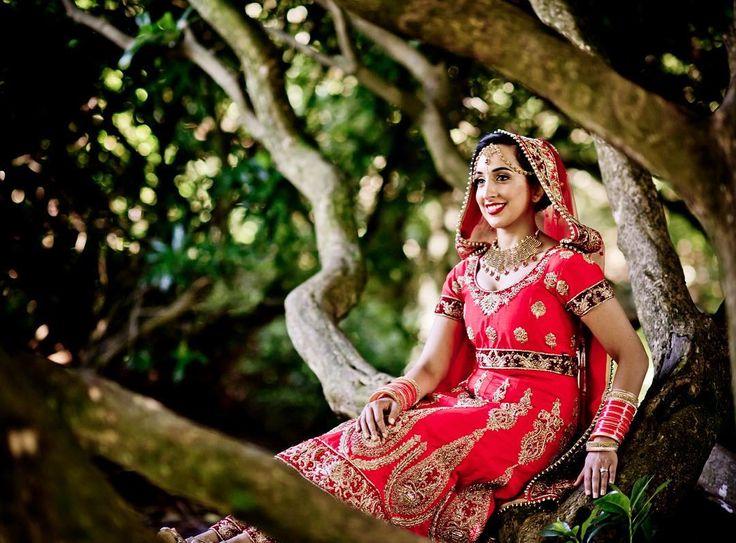 Stunning bride alert!  www.uppalmedia.com  #Uppalmedia #BalUppal #Photographer #Photography #WeddingPhotographer #WeddingPhotography #Sikh #SikhWedding #SikhWeddingPhotographer #SikhWeddingPhotography #AsianWedding #AsianWeddingPhotography #AsianWeddingPhotographer #Nikon #NikonD4 #D4 #UK #UnitedKingdom #InternationalPhotographer #InternationalPhotography #DestinationPhotographer #DestinationPhotography #sikhbride #bridalfashion #indianbride #bridaldress #bridalportrait #indianwedding…