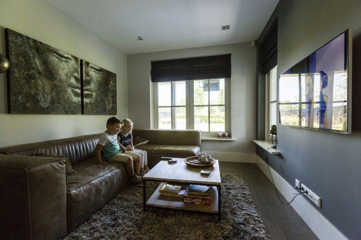 10. Villa bouwen TV-kamer