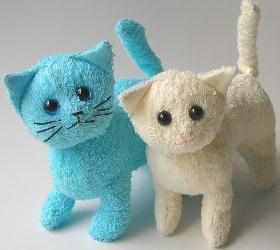 Towel kitties (pattern & instructions)