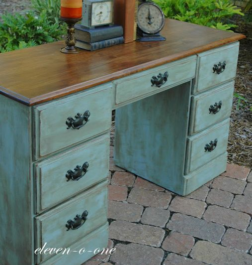 Annie sloan chalk paint tips also tips on applying wax for Chalk paint comparable to annie sloan