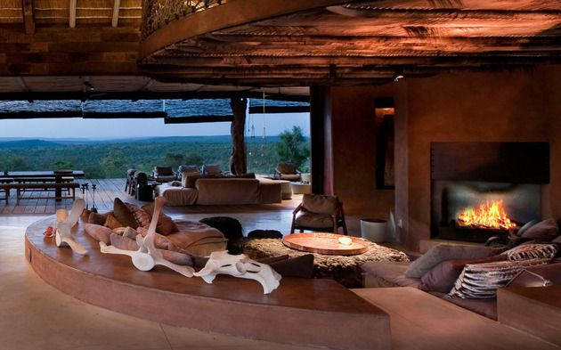 south-african-villa-with-cave-like-interiors-and-observatory-9.jpg