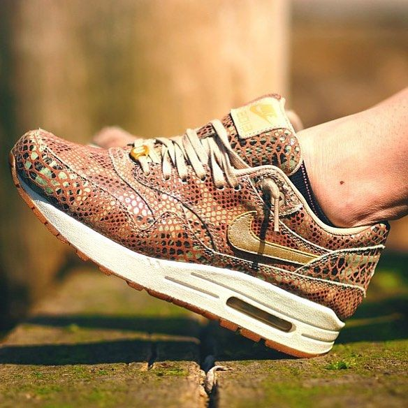 Nike Air Max 1 x Year of the Snake   Shoutout to @littlefox_wizard on foot & @lucasblackman behind the lens!  #AirMaxKicks