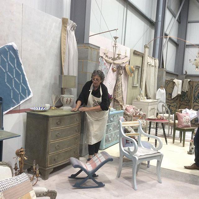 Annie Sloan in her warehouse studio!