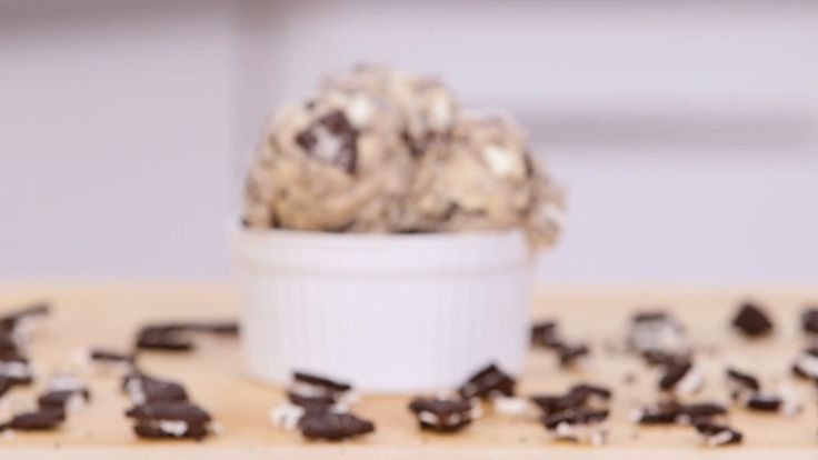 Make This Oreo Cookie Dough in Just 5 Minutes!: Cookie dough is having a moment after a new cafe serving a safe-to-eat version popped up in NYC called Do.
