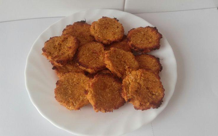 Vegan pumpkin-almond cookies