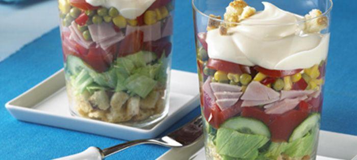 Wir lieben Grillen - Bunter Miracel Whip Schichtsalat